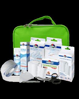 Zusammenstellung von Produkten für ein Erste-Hilfe-Kit